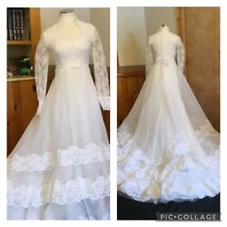 Vintage Wedding Gown White Size 12 Lace amp; Sheer Long Sleeve 3 Tiers Train 1980s $185.00