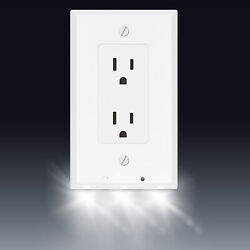 Powerglow Wall Outlet Plate 3 LED Night Light On Off Switch White Decor 240026 $10.95