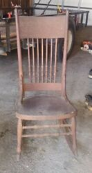Antique * WOOD ROCKING CHAIR * HISTORY COMES TO LIFE WITH EACH ROCK LOCAL🔥 $212.00