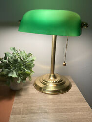 Underwriters Laboratories Green Glass Pull Chain Bankers Vintage Brass Desk Lamp $31.00
