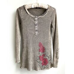T PARTY Red Rose Love amp; Peace Thermal Top sz M Long Sleeve Henley Snap Cuffs $16.79