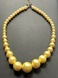 Bright Sunny 🌞Yellow Stunning Lucite Vintage Necklace $12.60