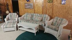 Lloyd Loom 5 piece IndoorOutdoor Wicker Furniture Set In Amazing Condition