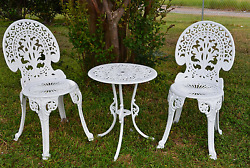 Outdoor Patio Chair Round Dining Table Furniture Bistro Set Aluminum 3 Pcs White