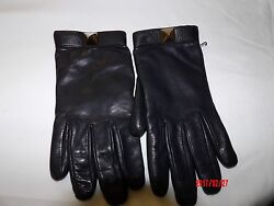 VALENTINO BLACK LEATHER and CASHMERE LINING ROCKSTUDED GLOVES -SIZE 7.5