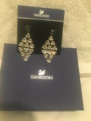 SWAROVSKI CHANDELIER PIERCED EARRING White GREEN STONE IN THE TOP NEW WITH BOX $79.00