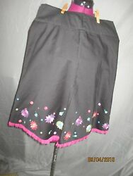 Allison Taylor sz 8 black a line skirt wpink net ruffle and embroidered flowers