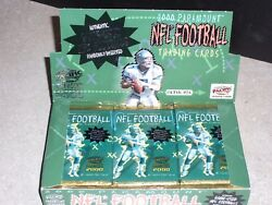 2 Packs 2000 Paramount NFL Football retail with 6 cards per pack