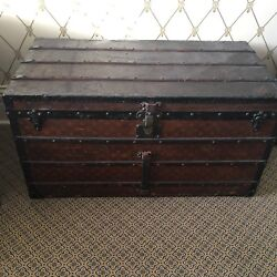 louis-vuitton vintage trunk Guaranteed Authentic