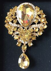 Vintage Style Large Gold Tone Gold Diamante Brooch 8 cm