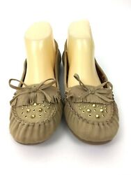Report Womens Moccasin Flats Loafers Size 8.5 Tan Gold Studs $16.95