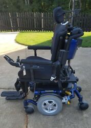 Quantum 6000Z Power Wheelchair (Used 3 times) Power Tilt and Recline