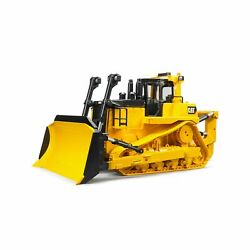 BRUDER CAT LARGE TRACK TYPE TRACTOR 02453 $91.99