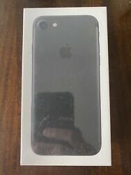 Brand New Apple iPhone 7 32gb In Black For AT&T!  Sealed In Box!  US Seller!!