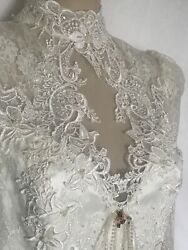 Victorian Elegance Ivory Lace Wedding Dress with Self Train Size 12 $250.00