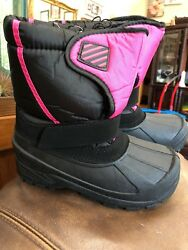 Kids Lined Rain Snow Boots Shoes New With Tags Size 2 Youth $25.99