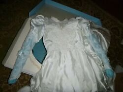 Vintage Wedding Dress Size 10 lace pearls with train $39.99