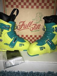 Full Tilt Growth Spurt Junior Adjustable Ski Boots Size Small Neon Green $79.95