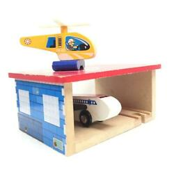 Thomas and Friends Toys R Us Wooden Airport Building Plane Helicopter A 286 $24.00