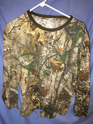 Under Armour Camo Long Sleeve XL Free Ship $17.99