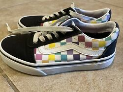 Vans off the wall Girls Size 13C Wow Nice $15.00