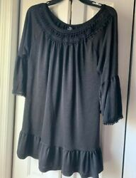 Cute womens boutique black blouse size small trendy $8.00