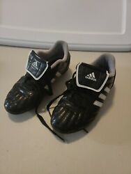 Adidas Boys Soccer Traxion Cleats size 3 $16.00