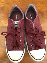 Maroon Converse All Star Women's Shoes $4.00