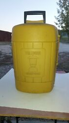 Vintage Coleman Yellow Gold Clamshell Lantern Storage Carry Case w no. 0 funnel $79.00