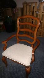 Dining room chairs set of 6 legacy classic furniture $175.00