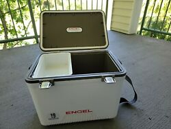 Engel 19qt fishing live bait dry box ice cooler with shoulder strap white $45.00