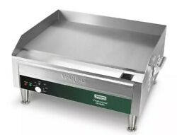 Waring WGR240X Commercial 24quot; Electric Double Countertop Griddle – 240V