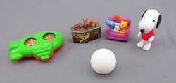 Lot of 4 Misc. Fast Food Snoopy Soccer Scooby Doo Nickelodeon Kids Meal Toys $13.10