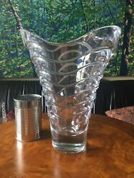 Contemporary Crystal Vase with Geometric Wave Design $49.95