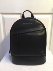 Want Les Essentials Piper Leather Backpack in Jet Black   MSRP $895