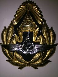 Cap Badge from Middle East. Nice from Veteran#x27;s Estate LOOK $8.00