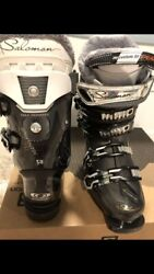 Salomon ski boots 22.0 bought and didn't fit my size Great shape $99.99