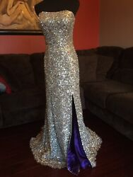 Silver floor length sequin evening gown BG Haute Size 4 $300.00