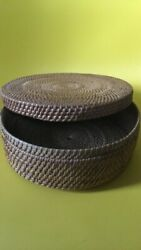 ANTIQUE ? VINTAGE ? OLD ? ASIAN ? Chinese ? WOVEN BASKET SEWING with Lid 9 X 3""