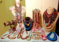 HUGE VINTAGE MOSTLY WOOD WEARABLE JEWELRY LOT GORGEOUS PIECES