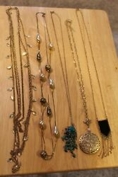 LOT: 26 GOLD-TONED JEWELRY- NECKLACESBRACELETSEARRINGSPINSWATCH- STYLE VARIE