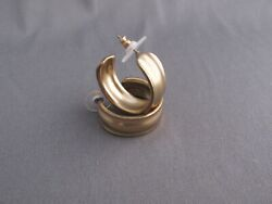 RETRO CHICO'S GOLD TONE WIDE WAVY OPEN HOOP PIERCED EARRINGS WITH BACKINGS VINT
