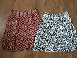 2 Womens Skirts Size Large $11.75