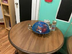 Rounded wooden table in perfect condition $200.00