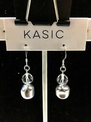 silver 9.25 ear wire earring with swarovski parts Crystal and pearl 9.25 stamp $8.99