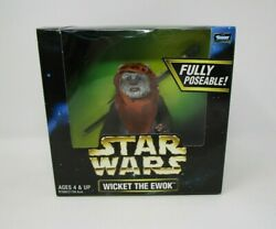 Wicket the Ewok 6quot; 1997 12quot; STAR WARS 1 6 Scale Collector Series MIB $36.99