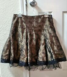 Girls Junior Party Skirt Size 3. Condition is quot;Pre owned $7.97