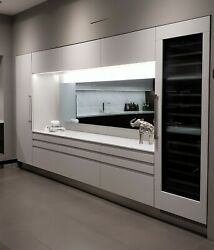 Arclinea floor sample Contemporary Italian kitchen satin lacquer $1.00