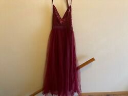 Women#x27;s NWOT ball evening gown dress size Small burgundy halter holiday sequins