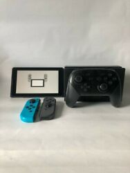 32GB Used Nintendo Switch w Pro Controller Dock Joycons Case amp; Chargers $300.00